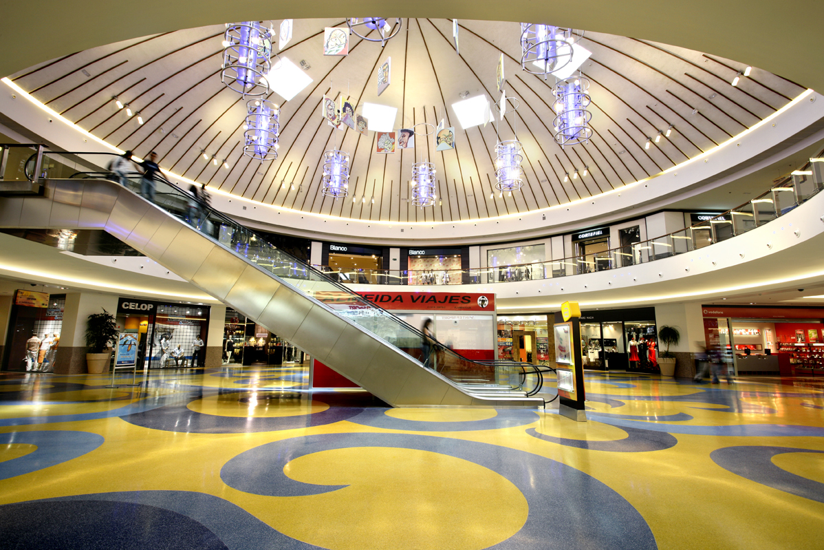 Los centros comerciales están saliendo de la crisis