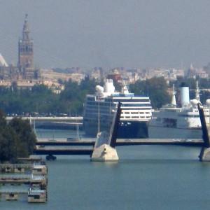 sevilla-insolita-puerto
